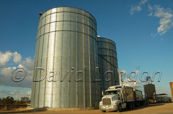 silos-018
